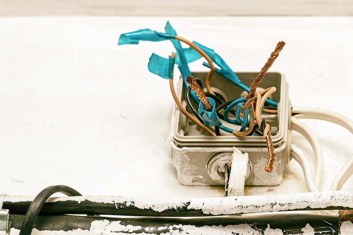 When To Check If Your Wires Need To Be Replaced 1